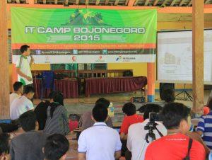 gambar4 - IT CAMP Bojonegoro 2015